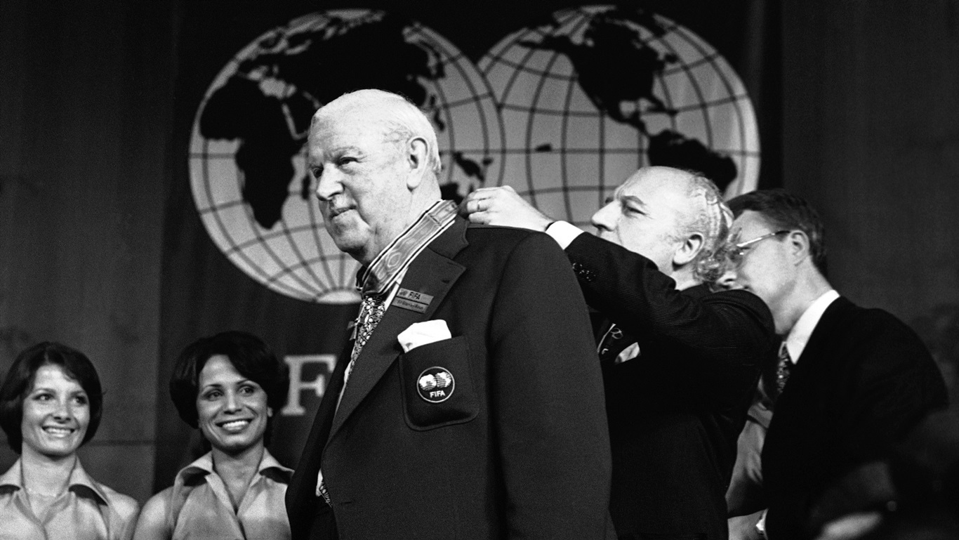 Stanley Rous, símbolo de uma Fifa eurocentrista e elitista  (AP Photo/Stf/Fra)