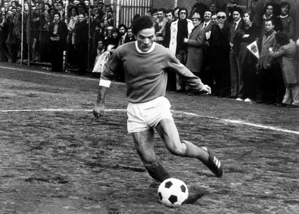 A photo taken on 1975 in Roma shows Italian writer and films' director Pier Paolo Pasolini playing football during a friendly match between actors and singers. AFP PHOTO (Photo credit should read STRINGER/AFP/Getty Images)