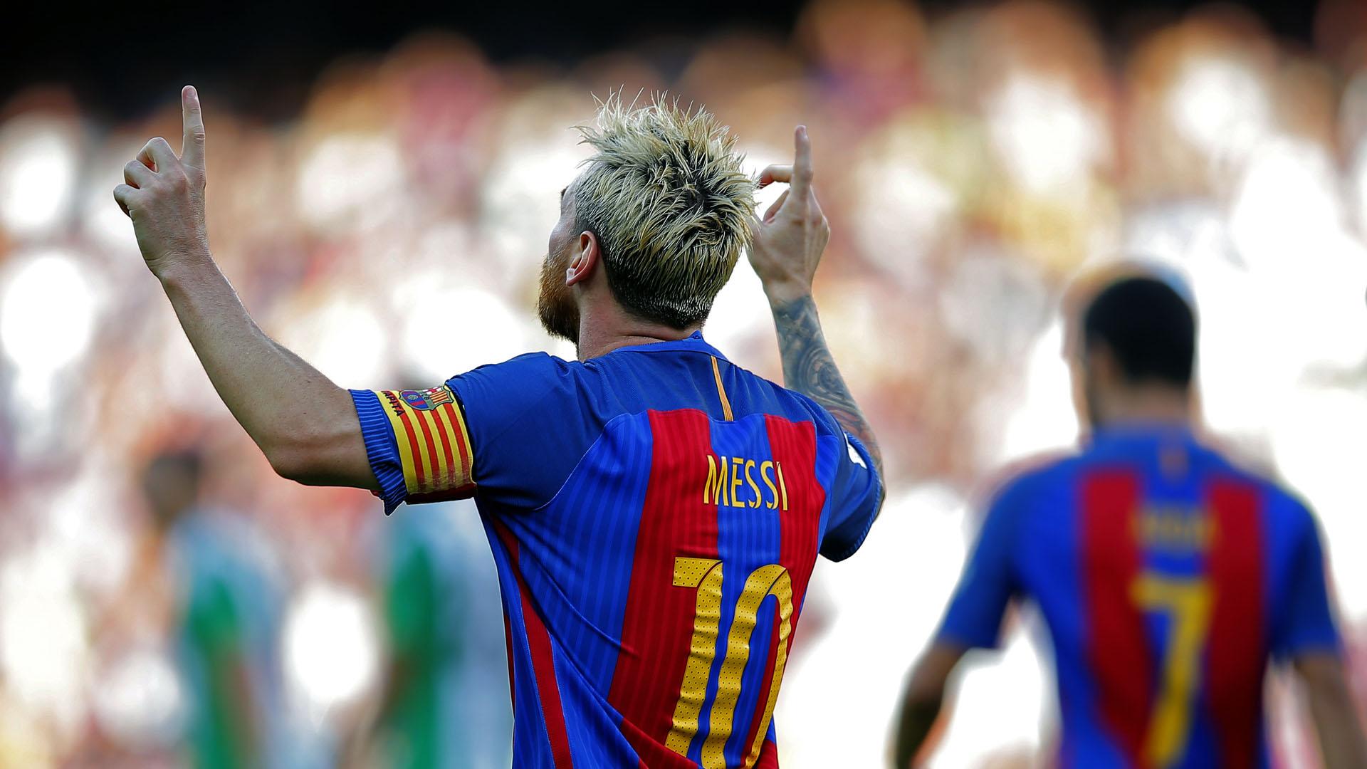 Messi comemora com o seu gesto tradicional: ele foi mais uma vez decisivo (AP Photo/Manu Fernandez)