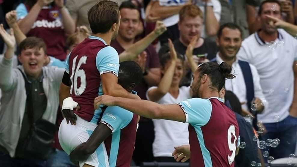 West Ham estreia seu novo estádio