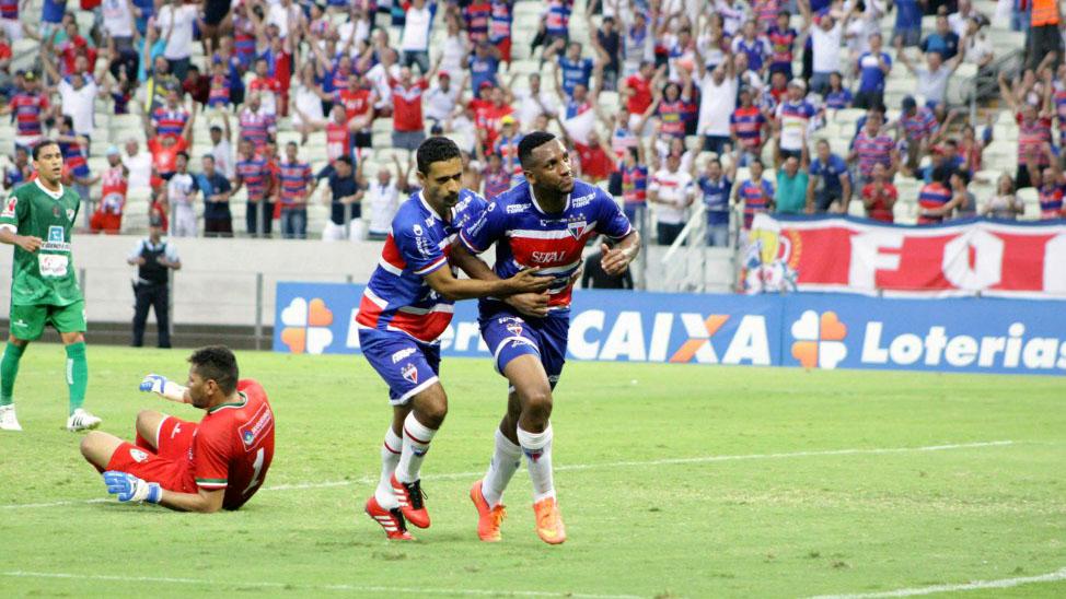 Jogadores do Fortaleza comemoram (Foto: CBF)