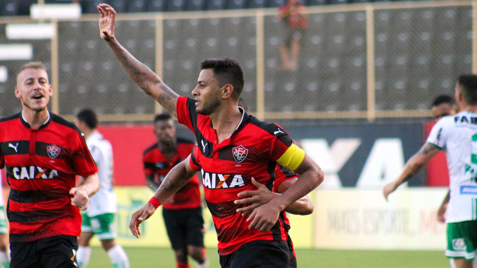 Cleiton Xavier é um dos destaques do Vitória (Foto: Vitória EC)