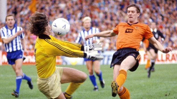 IFK Gotemburgo e Dundee United decidiram a Copa da Uefa de 1986/87