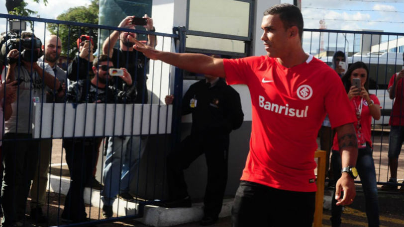William Pottker, já com a camisa do Internacional