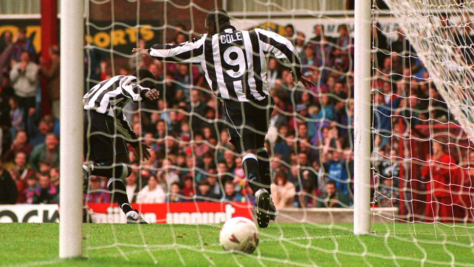 Andy Cole, do Newcastle (Foto: Getty Images)