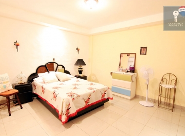 21-apartment-bed