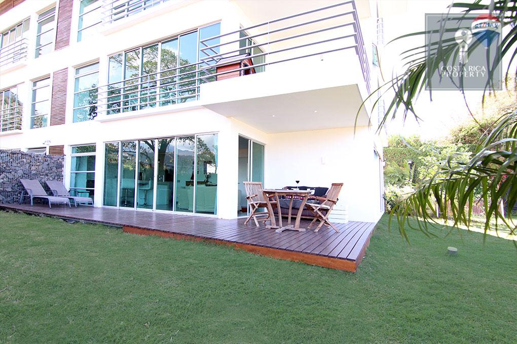 Garden Apartment - Stunning Valley Views 2 bedrooms Rio Oro Condo