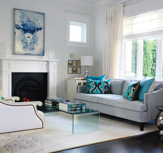Simple Classic Modern Interior Design With Modern Classic Living Room