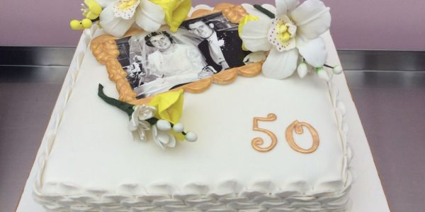 Cheap Wedding Anniversary Cakes Images With Gold Wedding Anniversary Cake