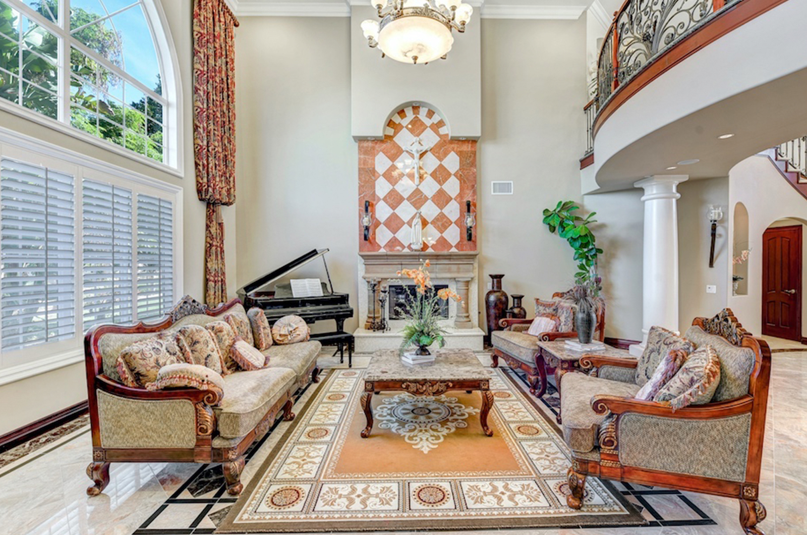 Popular High End Real Estate With What Is High End Luxury Real Estate Photographyb Featured Image