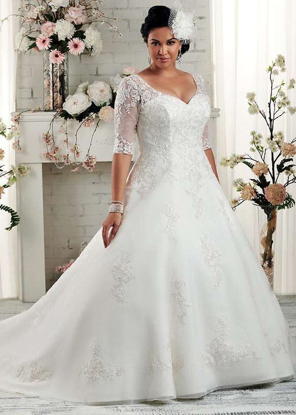 Hunting plus size wedding dress for plus size bride topup corset plus size wedding dress junglespirit Gallery
