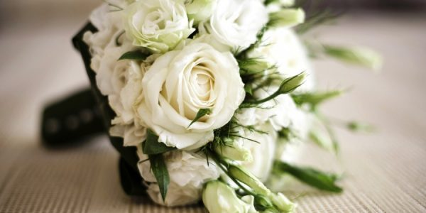 White Roses For Wedding Bouquets