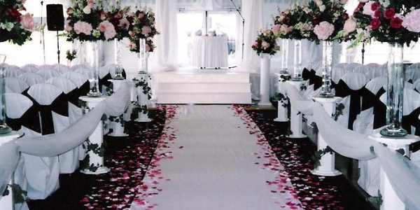Black And White Wedding Decoration Ideas
