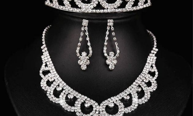 Necklace, Earring And Crown