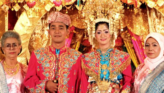 Indonesia Traditional dress