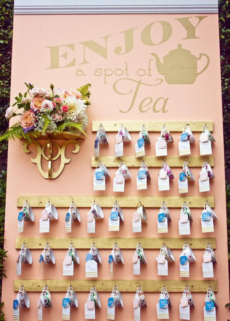 how about giving your guests a little Irish tea wedding favour to bring home with them to enjoy after the celebrations are over