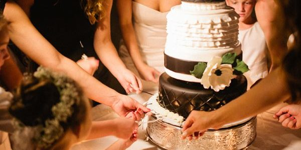 If you're a Southern gal or have ever been to a Southern-style wedding, then you've probably seen a traditional cake pull.
