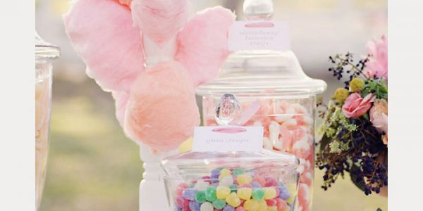 This fair treat is on the more aesthetically pleasing side, making it perfect for weddings