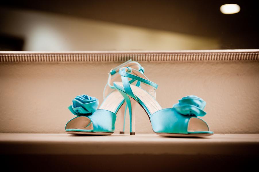 Modern Pink & Aqua Wedding  via TheELD.com