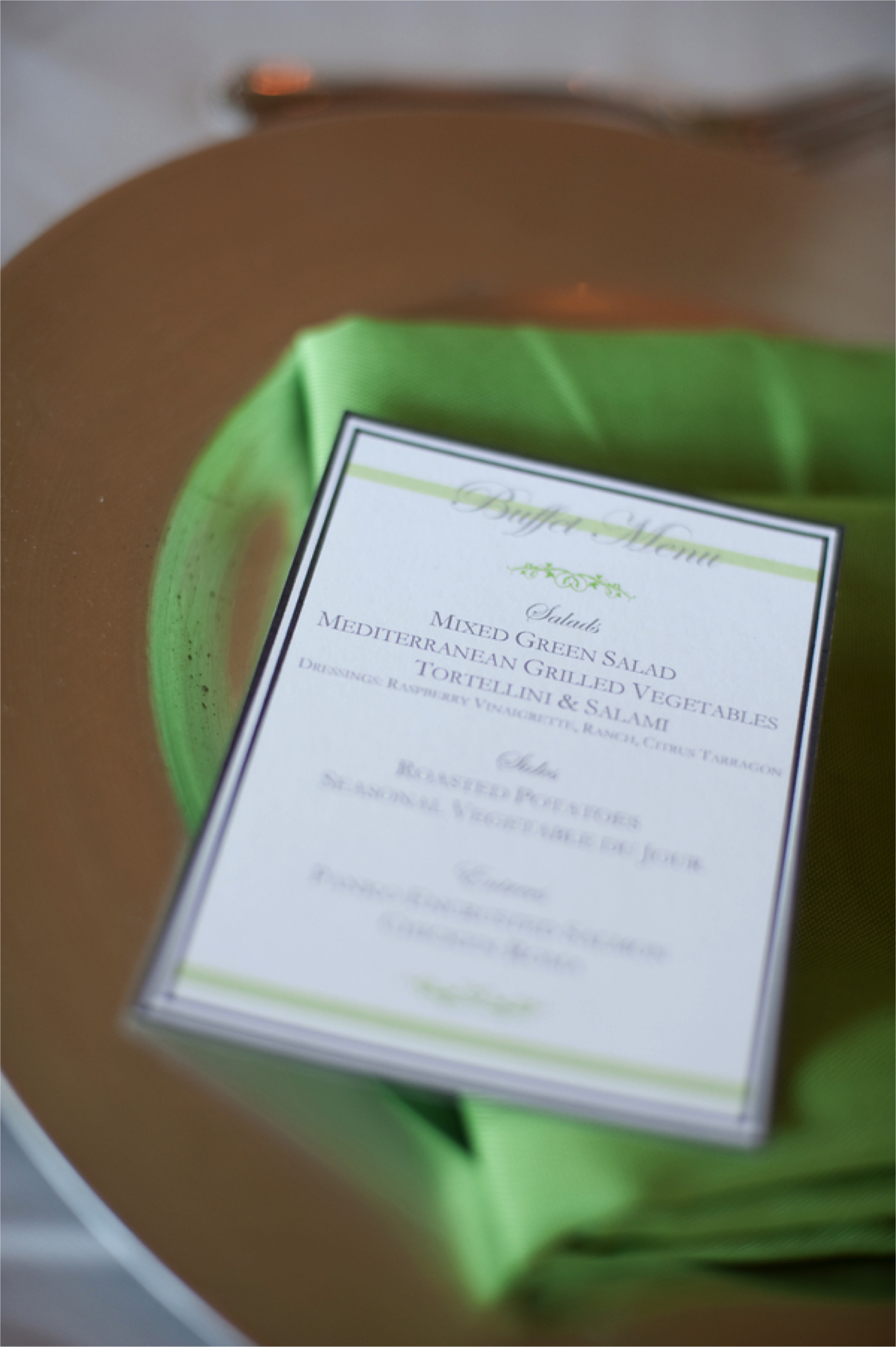 Green & White Nature Inspired Wedding via TheELD.com