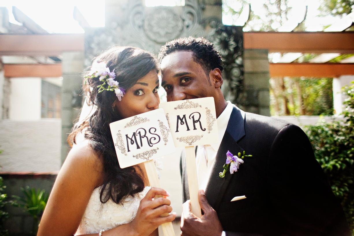 Thursday Tips: 5 Ways To Simplify Wedding Planning via TheELD.com