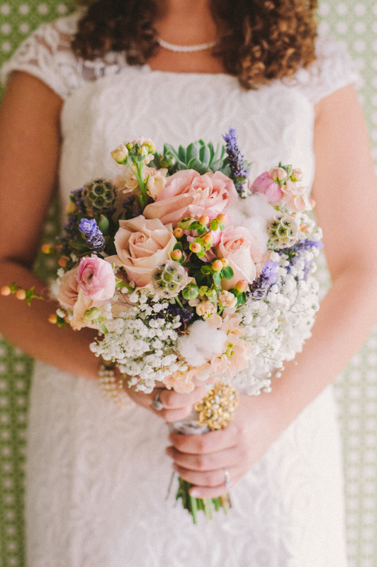 Handmade Blush & Burlap Tennessee Wedding via TheELD.com