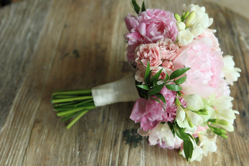 Elegant Enchanted Garden Pink and Green Wedding via TheELD.com