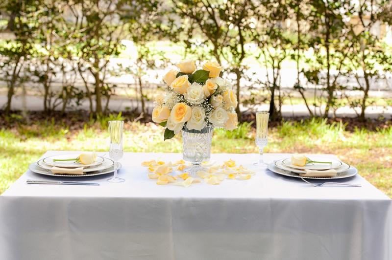 Yellow Wedding Ideas {Classic} via TheELD.com