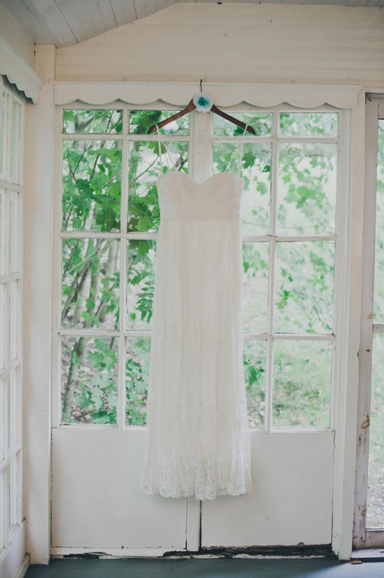 A Colorful Handmade New York Wedding via TheELD.com