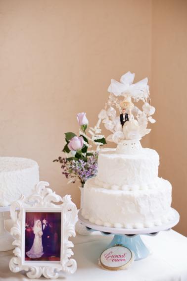Pink & Purple Vintage Eclectic Wedding via TheELD.com