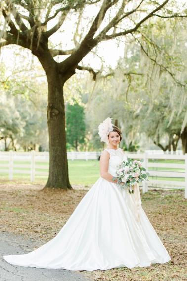 Romantic Blush & White Kentucky Derby Inspired Wedding Ideas via TheELD.com