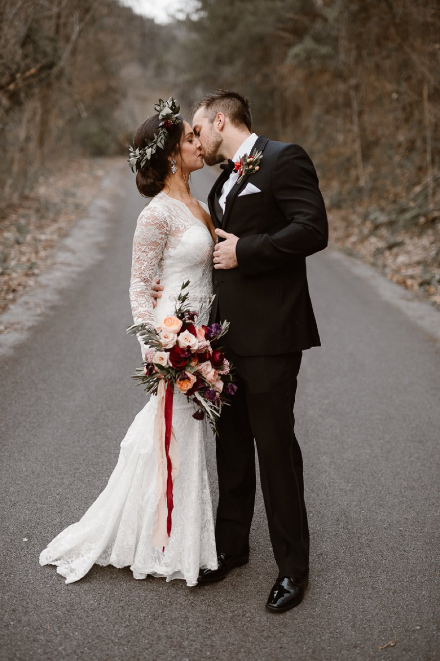 Red and White Rustic Wedding In Tennessee via TheELD.com