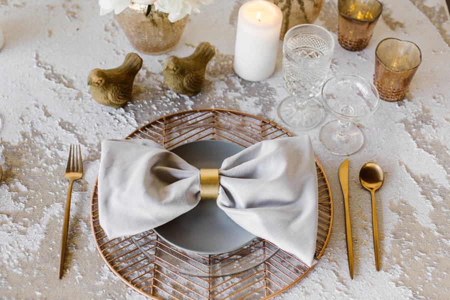12 Days of Christmas Tabletops: 2 Turtle Doves via TheELD.com