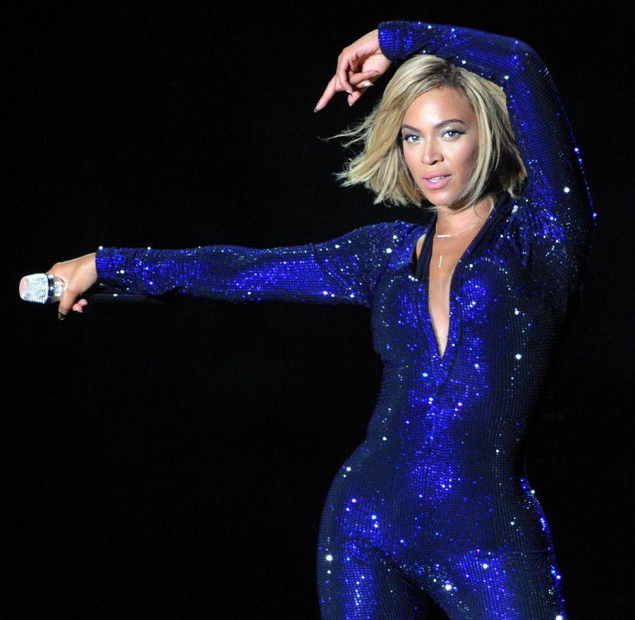 FFN_FlynetUK_Beyonce_081713_51182839