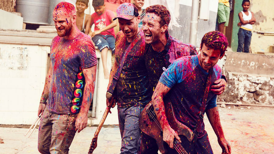 1401x788-Coldplay-credit-Julia-Kennedy_