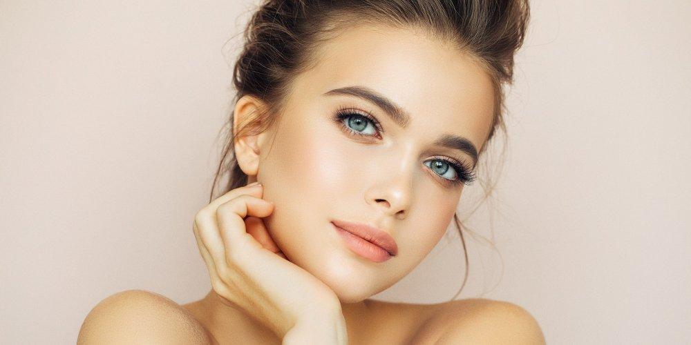 femme-belle-peau-visage