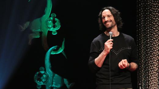 Le premier One Man show de Mathieu Cyr, Chaînons manquant
