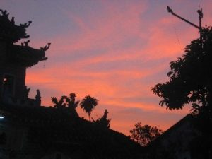 hoi an temple sunset