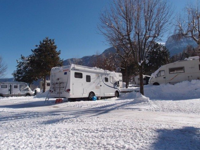 Winter Camping with Your Motorhome: What You Need To Know ...