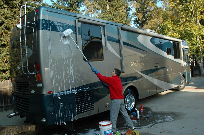 How Not To Ruin Your Rv S Paint Job Rvshare Com