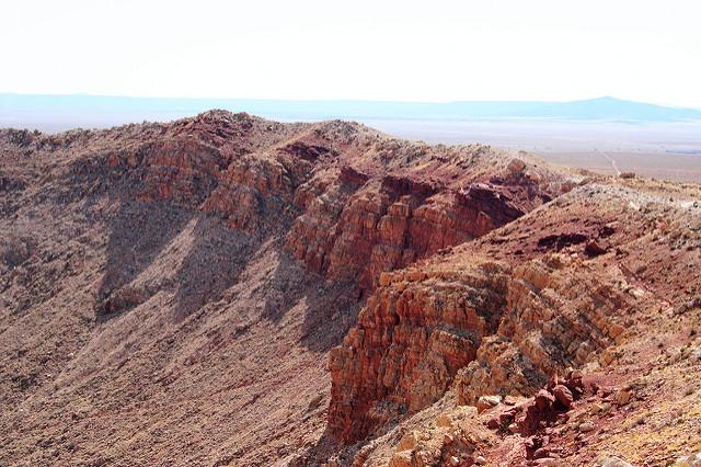 Meteor Crater, Near Winslow, Arizona  № 1143930 загрузить