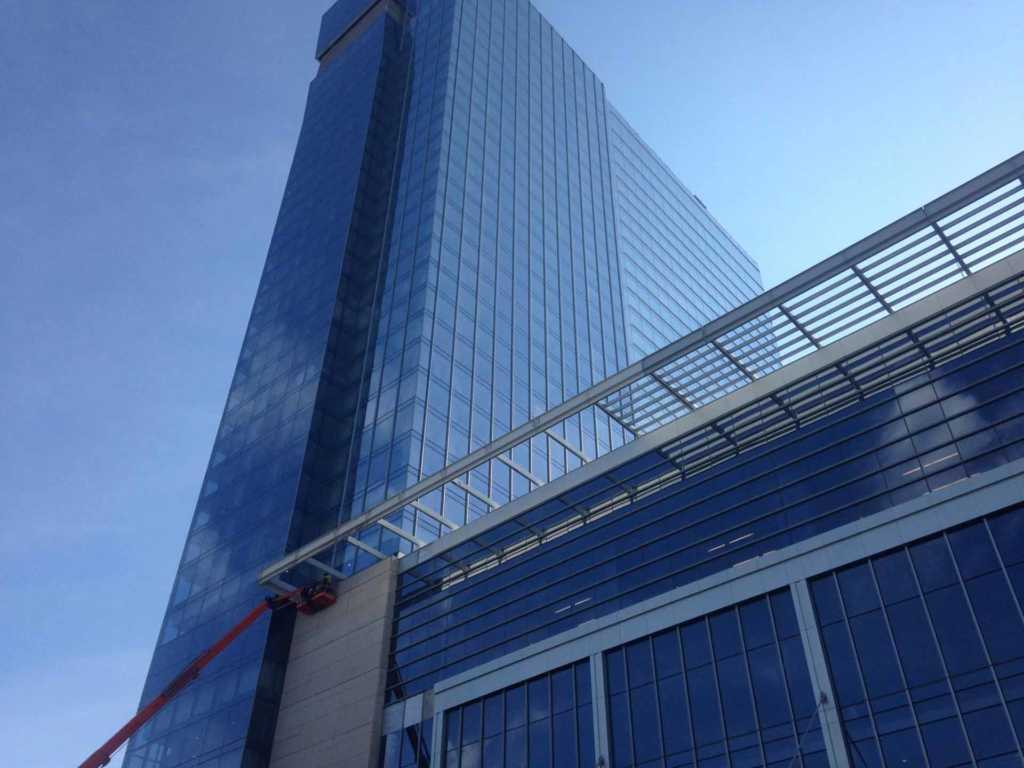 Roofing-Cleveland-Hilton-Downtown (1)