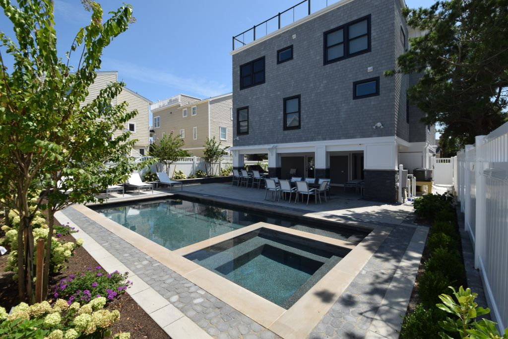 What it Means to Build Custom Homes on Long Beach Island