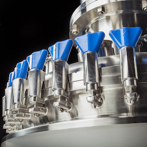 Stainless steel tanks and pressure vessels like the one shown here are available from HOLLOWAY AMERICA.