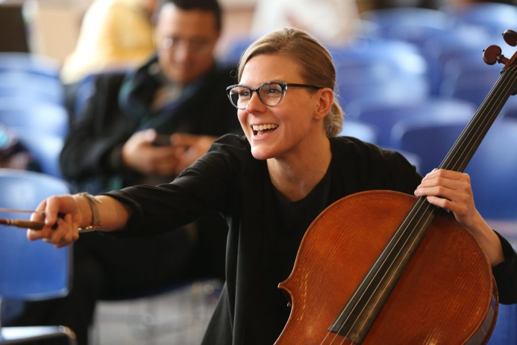 Amanda Gookin cellist Musician Newsletter Know-how