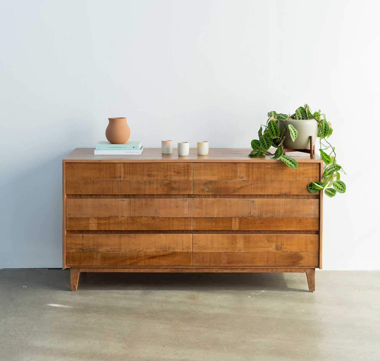 Natural Reclaimed Wood Dresser Avocado Green Mattress