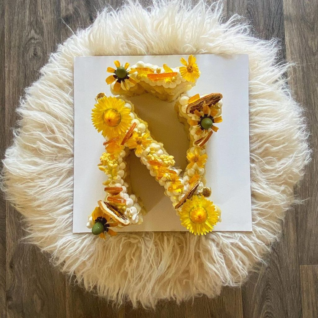"""Cake shaped like """"Ñ"""" by Leandro Katz"""