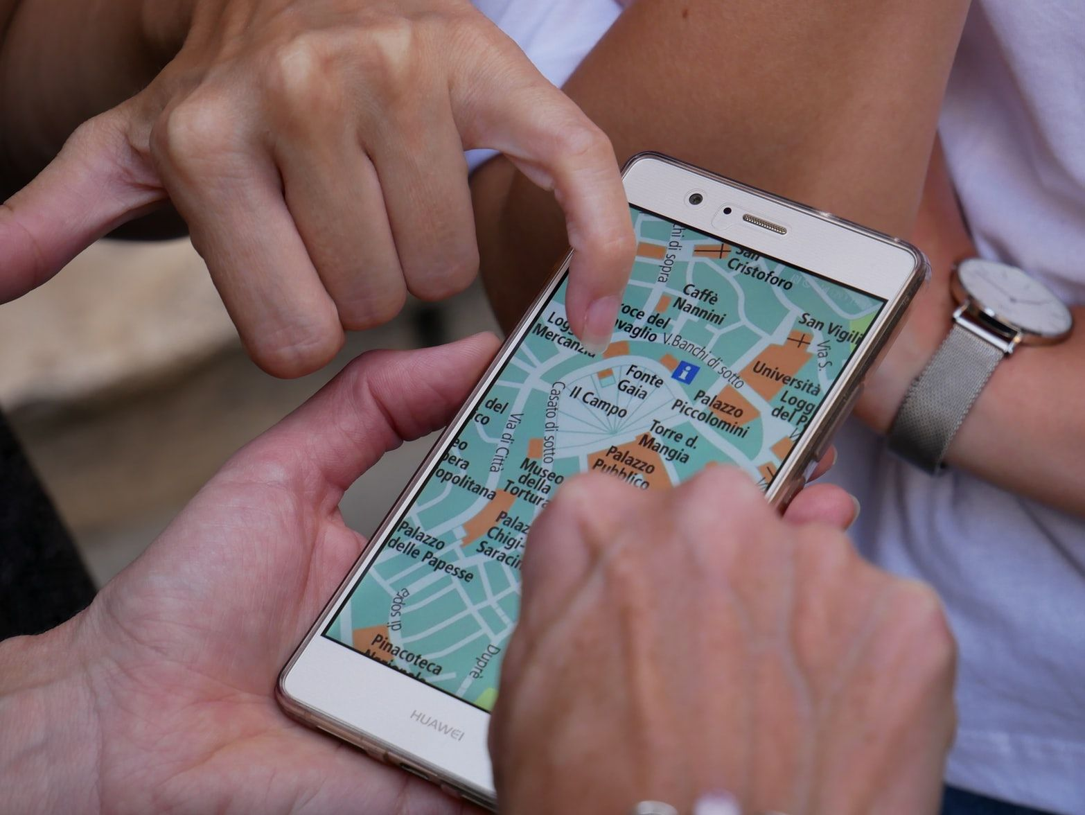 Phone with maps app