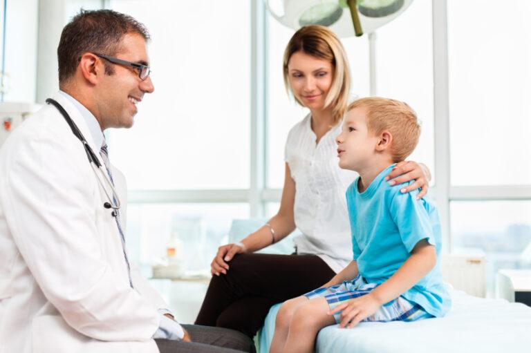 6 dicas de como escolher o melhor plano de saúde para criança