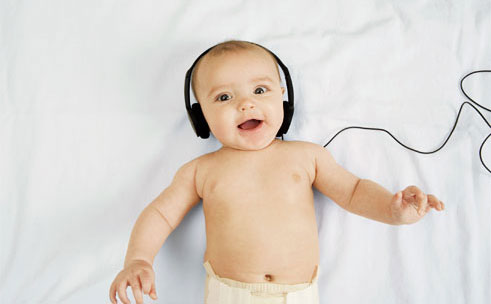 Música pode ajudar no desenvolvimento cerebral de bebês